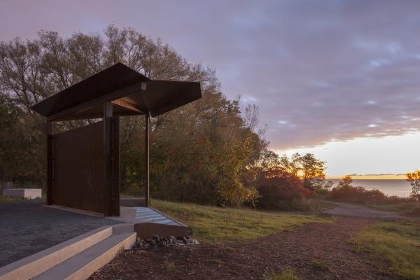 The viewing pavilion at sunset (photo: Steven Evans Photography)