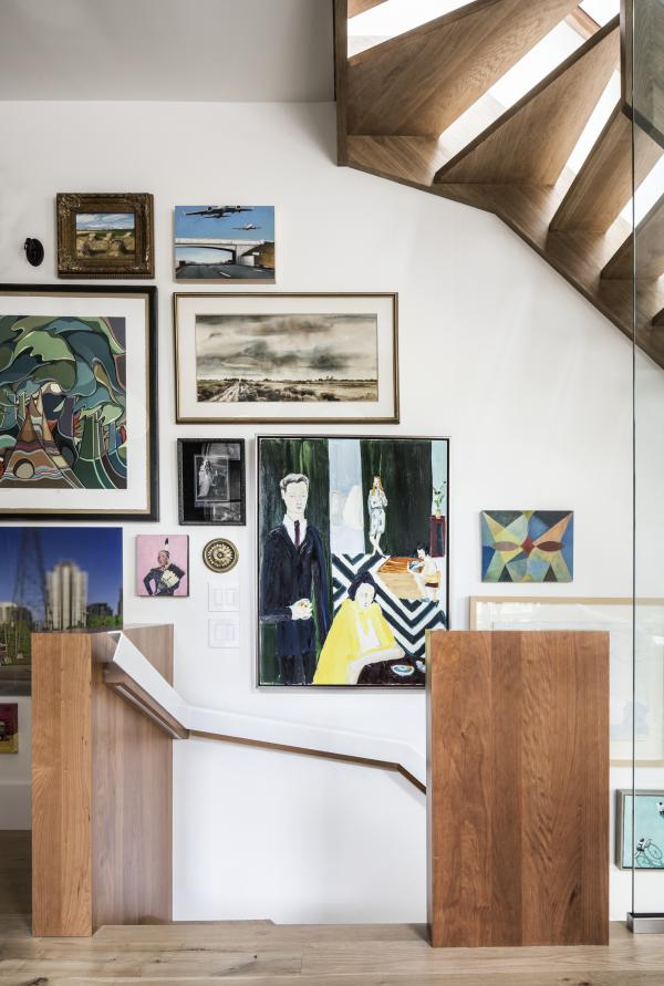 Wood walls flank the stair (photo: Steven Evans Photography)