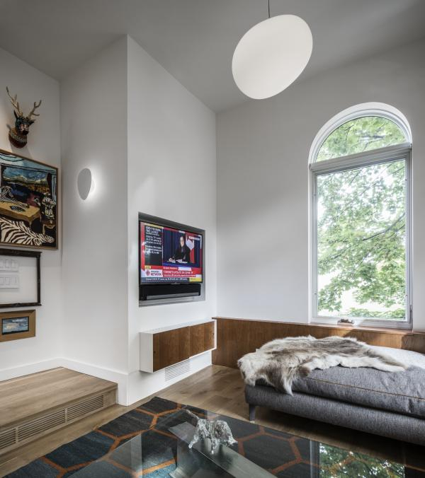 Built in stereo cabinet and paneling (photo: Steven Evans Photography)